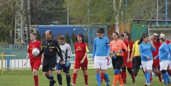 Szabó Attila a Környe-Tatabánya női mérkőzésen