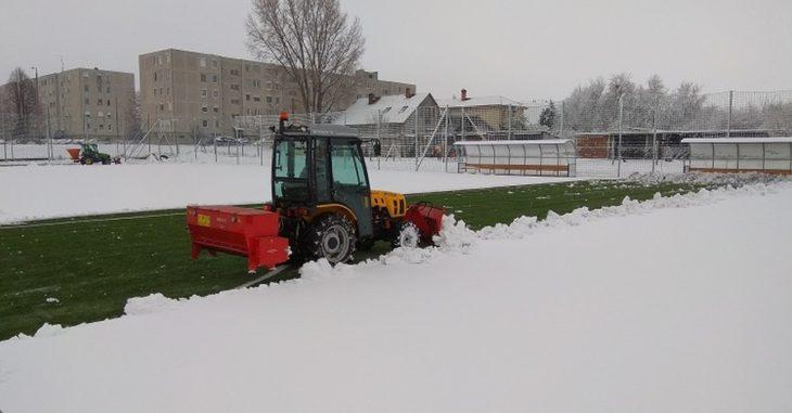 Hó lepte el a Bicske pályáját